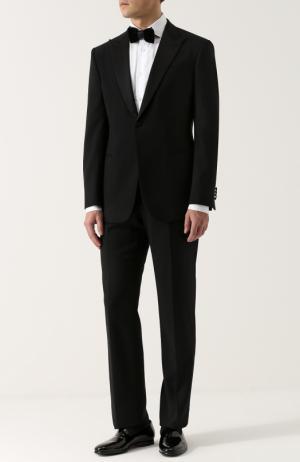 Шерстяной смокинг Giorgio Armani. Цвет: чёрный