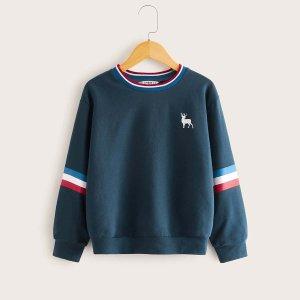Пуловер с полосками и принтом оленя для мальчиков SHEIN. Цвет: синий
