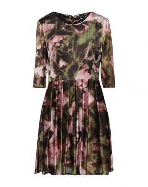 Короткое платье FULL CIRCLE. Цвет: зеленый-милитари
