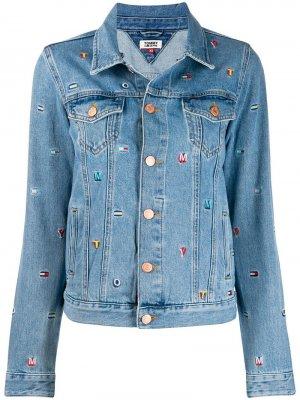 Джинсовая куртка с вышивкой Tommy Jeans. Цвет: синий