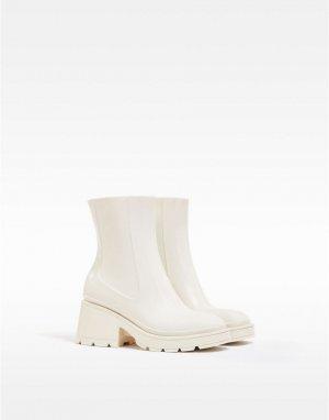 Резиновые сапоги до щиколотки цвета экрю на каблуке с квадратным носком -Белый Bershka