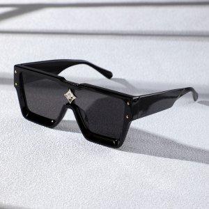 Мужские солнцезащитные очки со стразами SHEIN. Цвет: чёрный