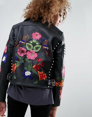 Кожаная байкерская куртка с цветами и заклепками ASOS Premium DESIGN. Цвет: черный