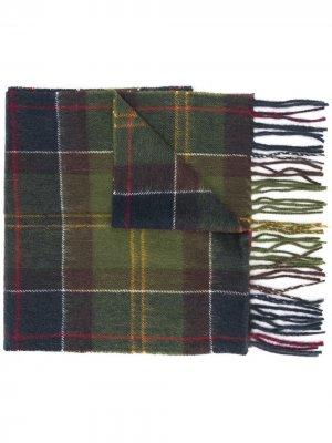 Клетчатый шарф с бахромой Barbour. Цвет: зеленый