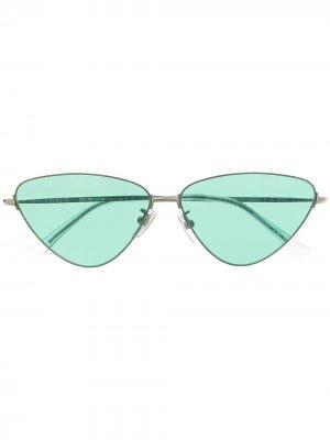 Солнцезащитные очки Invisible в оправе кошачий глаз Balenciaga Eyewear. Цвет: серебристый