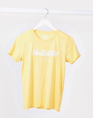 Желтая футболка с круглым вырезом и логотипом спереди -Желтый Hollister