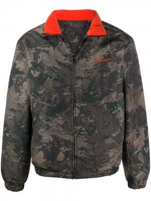 Двусторонняя куртка с камуфляжным принтом Carhartt WIP. Цвет: зеленый