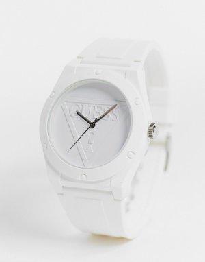 Белые часы с белым циферблатом -Белый Guess