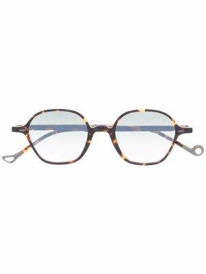 Солнцезащитные очки в закругленной квадратной оправе Eyepetizer. Цвет: коричневый