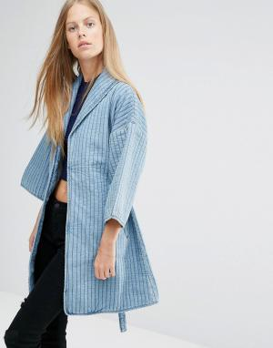 Джинсовая куртка в стиле кимоно Ganni. Цвет: синий