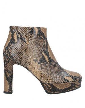 Полусапоги и высокие ботинки ANNA F.. Цвет: хаки