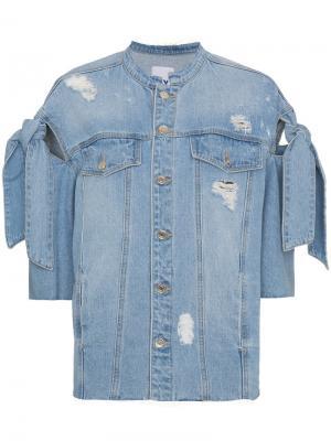 Джинсовая куртка с потертой отделкой SJYP. Цвет: синий