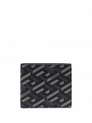 Бумажник с геометричным принтом Greca Versace. Цвет: черный