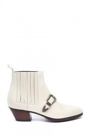 Белые кожаные ботильоны с пряжкой Gucci. Цвет: белый