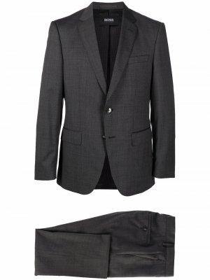 Строгий костюм с однобортным пиджаком Boss Hugo. Цвет: серый