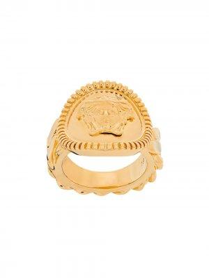 Кольцо с декором Medusa Versace. Цвет: золотистый