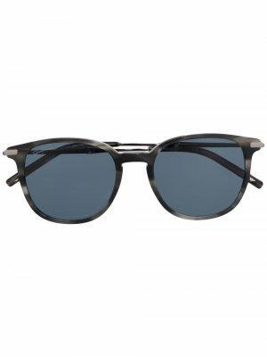 Солнцезащитные очки в круглой оправе Salvatore Ferragamo. Цвет: серый