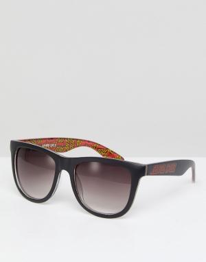 Черные классические солнцезащитные очки с логотипом Santa Cruz. Цвет: черный