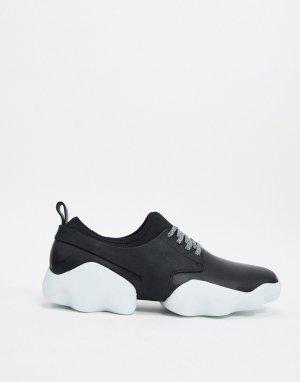 Черные кожаные кроссовки на массивной подошве контрастного цвета -Черный цвет Camper