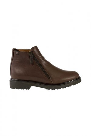 Boots Roobins. Цвет: brown