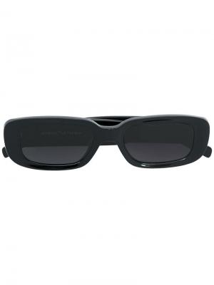 Солнцезащитные очки в прямоугольной оправе Off-White. Цвет: черный