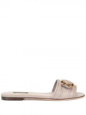 Декорированные сандалии Dolce & Gabbana. Цвет: серый