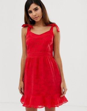 Летнее платье с бантами на плечах и оборкой Naf Naf-Красный