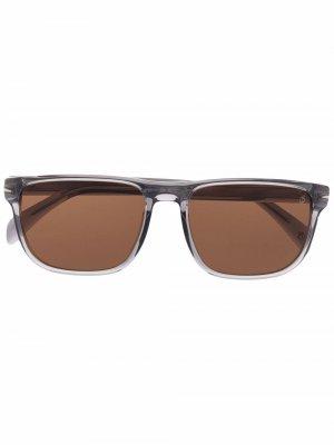 Солнцезащитные очки в квадратной оправе Eyewear by David Beckham. Цвет: серый