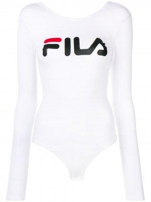 Боди с логотипом Fila. Цвет: белый