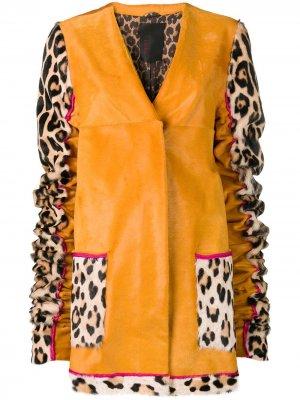 Пальто со звериным принтом на рукавах Liska. Цвет: желтый