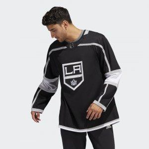 Оригинальный хоккейный свитер Kings Home Performance adidas. Цвет: черный