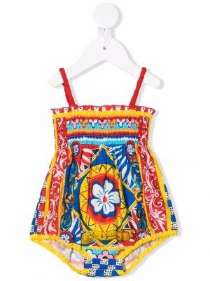 Ромпер с абстрактным принтом Dolce & Gabbana Kids. Цвет: красный