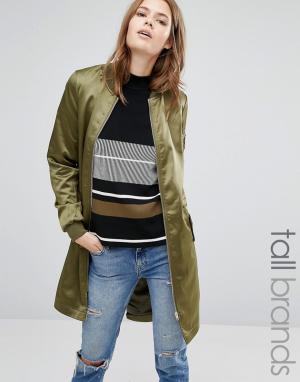 Атласная удлиненная куртка-пилот Vero Moda Tall. Цвет: зеленый