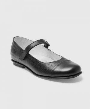 Кожаные туфли для девочек O`Stin. Цвет: черный
