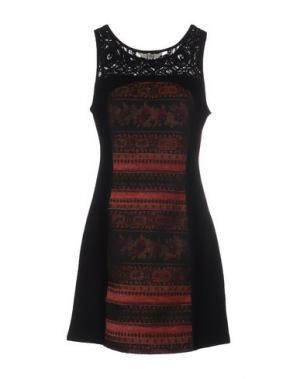 Короткое платье BB DAKOTA. Цвет: черный