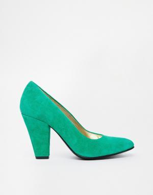 Замшевые туфли-лодочки на каблуке Gardenia. Цвет: suede green