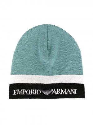 Трикотажная шапка бини в стиле колор-блок Emporio Armani Kids. Цвет: синий