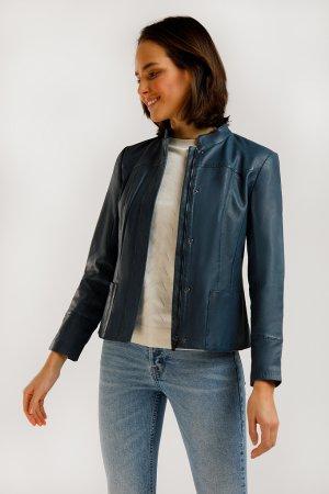 Куртка кожаная женская Finn-Flare. Цвет: серо-голубой