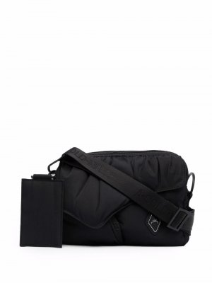 Logo-plaque shoulder bag A-COLD-WALL*. Цвет: черный