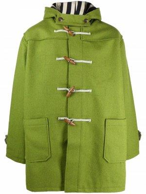Levis дафлкот с капюшоном Levi's. Цвет: зеленый
