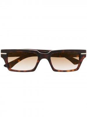 Солнцезащитные очки в прямоугольной оправе Cutler & Gross. Цвет: коричневый