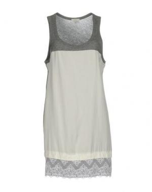 Короткое платье CLU. Цвет: серый