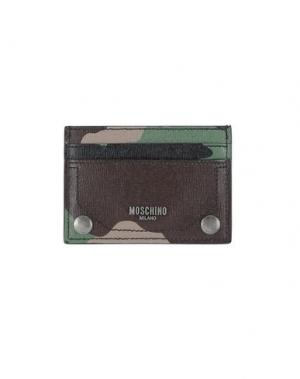 Чехол для документов MOSCHINO. Цвет: зеленый-милитари