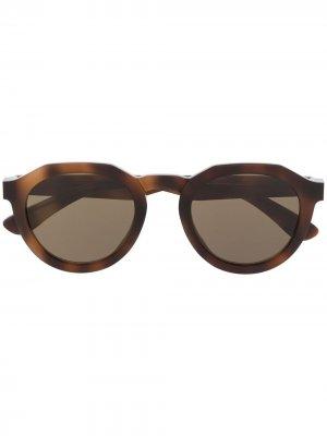 Солнцезащитные очки в оправе черепаховой расцветки MYKITA+MAISON MARGIELA. Цвет: коричневый