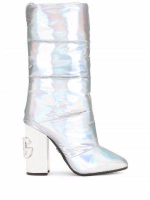Дутые сапоги с голографическим эффектом Dolce & Gabbana. Цвет: серебристый