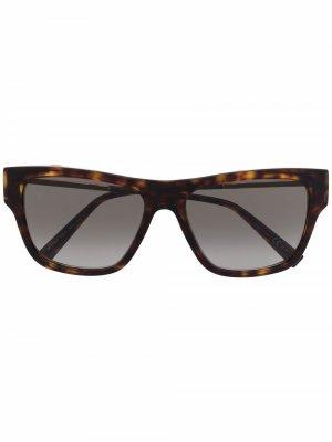 Солнцезащитные очки в оправе черепаховой расцветки Givenchy Eyewear. Цвет: коричневый