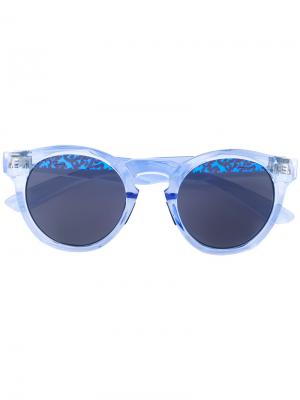 Солнцезащитные очки с принтом на линзах Italia Independent. Цвет: синий