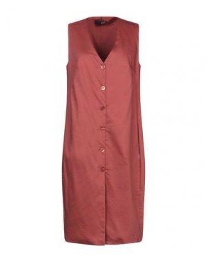 Платье до колена B.YU. Цвет: кирпично-красный