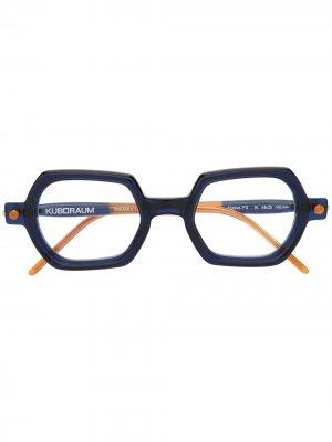 Солнцезащитные очки в массивной оправе Kuboraum. Цвет: синий
