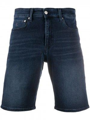 Джинсовые шорты Calvin Klein Jeans. Цвет: синий